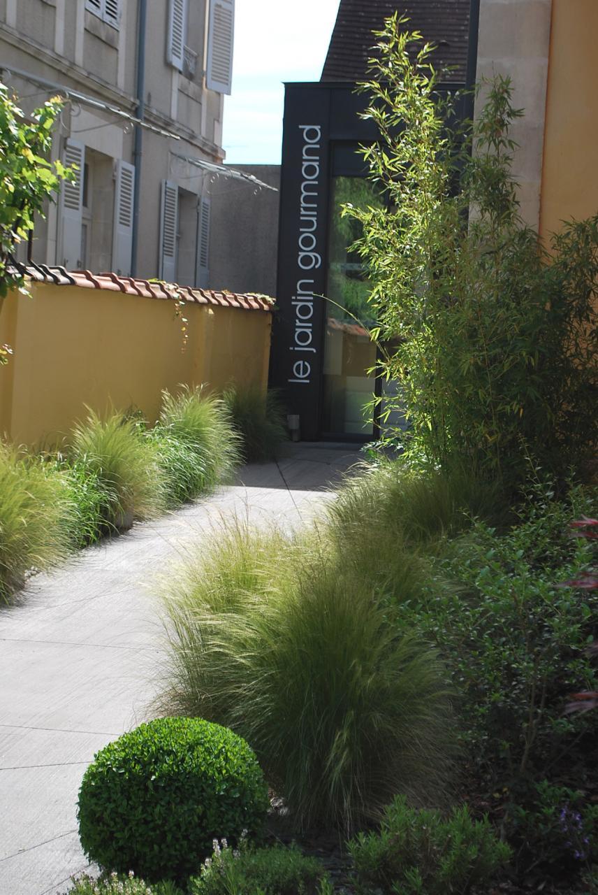 Le jardin gourmand auxerre for Paysagiste auxerre