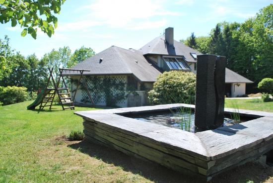 Fontaine en ardoise et granit
