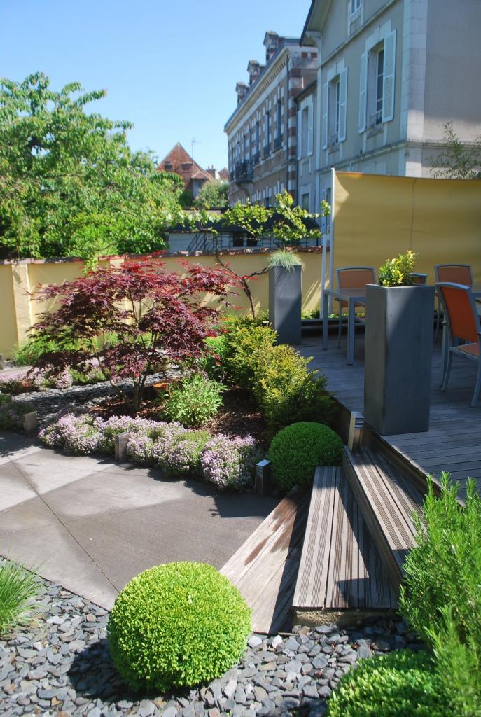Paysagiste auxerre cr ation de jardin bassin terrasse - Amenagement jardin ...