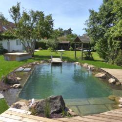 Bassin de baignade à Chevannes, Auxerre