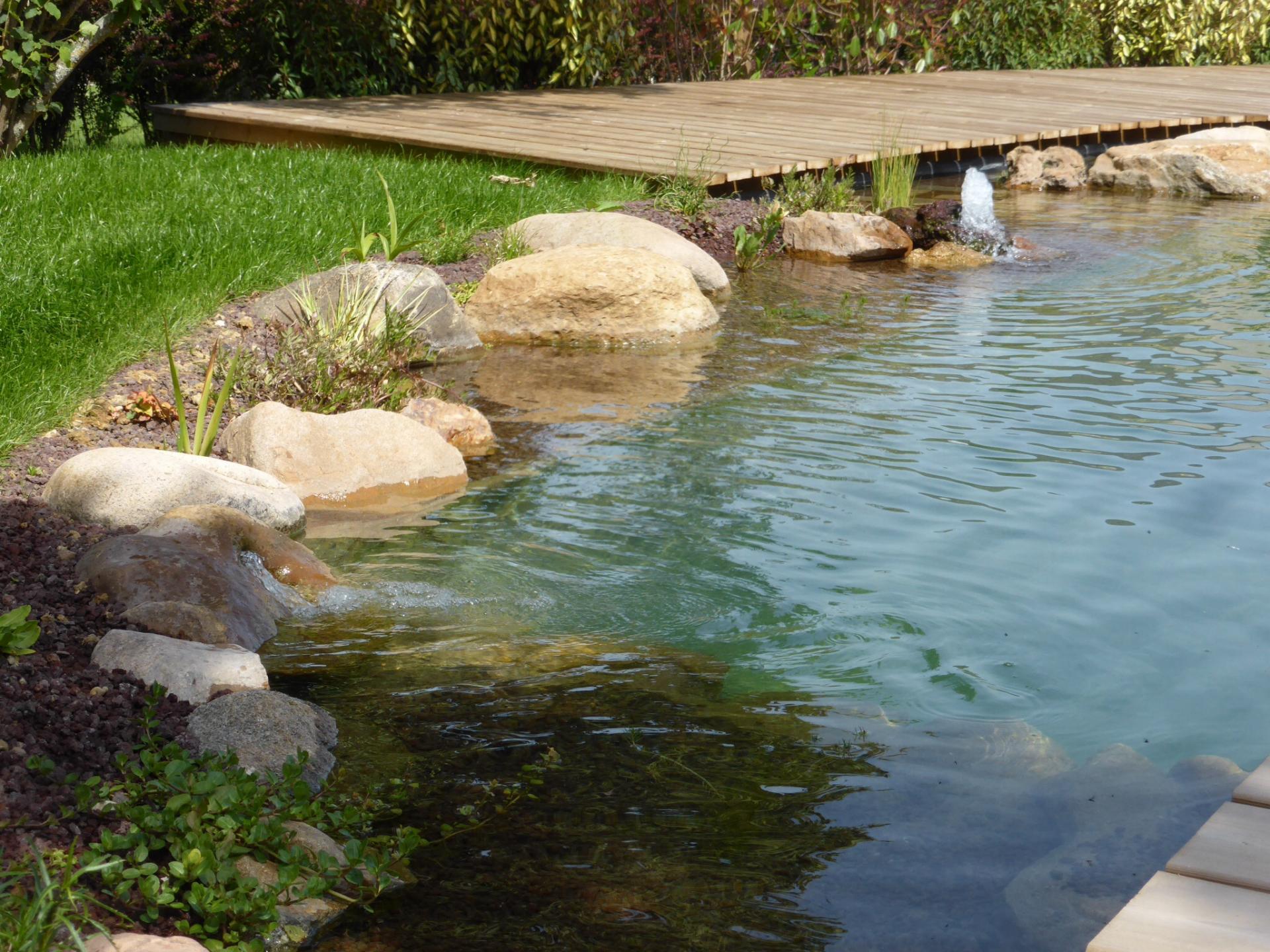 Paysagiste auxerre cr ation de jardin bassin terrasse for Creation bassin de jardin