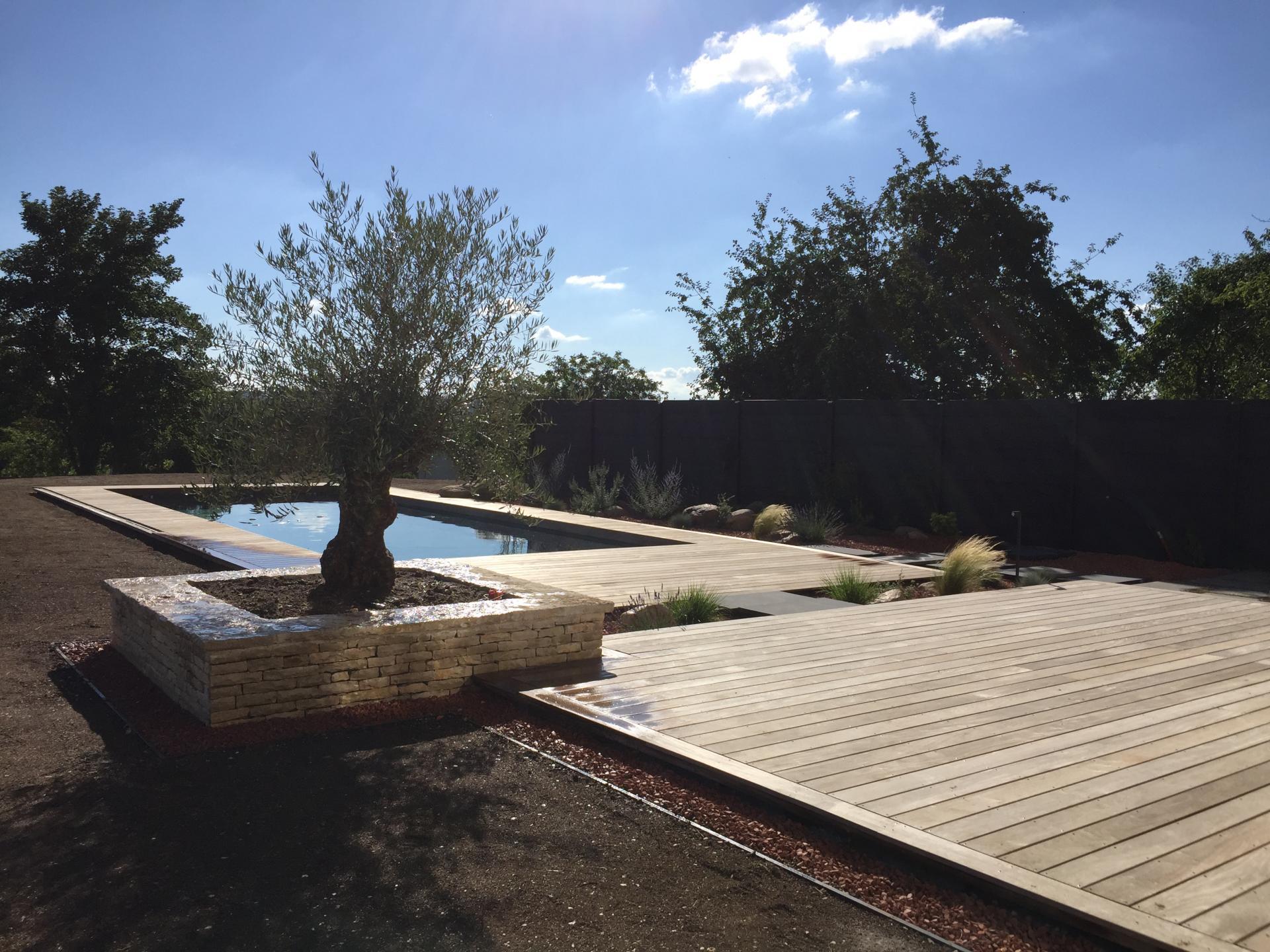 Aménagement d'espace piscine