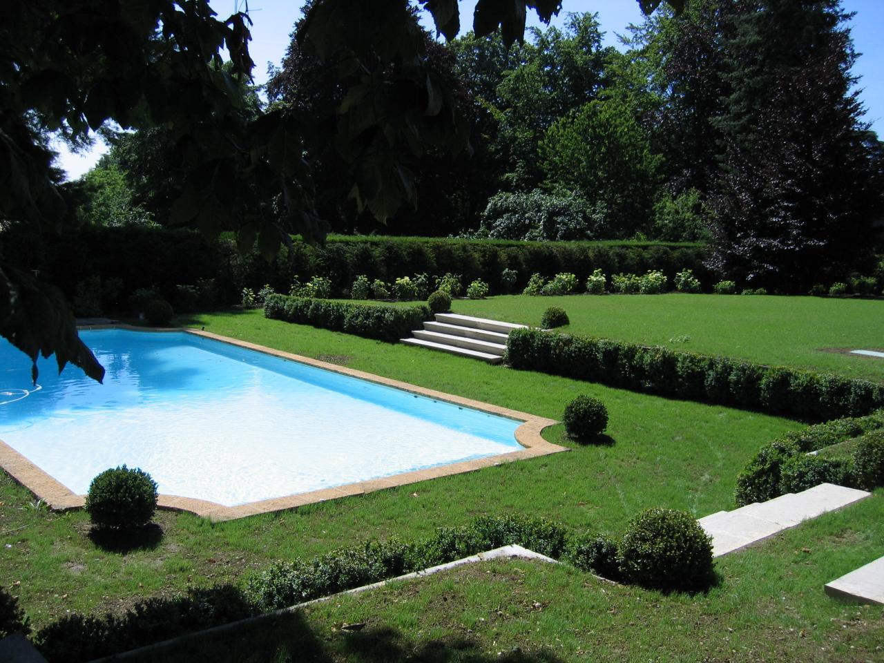 Espace piscine dans l'Yonne