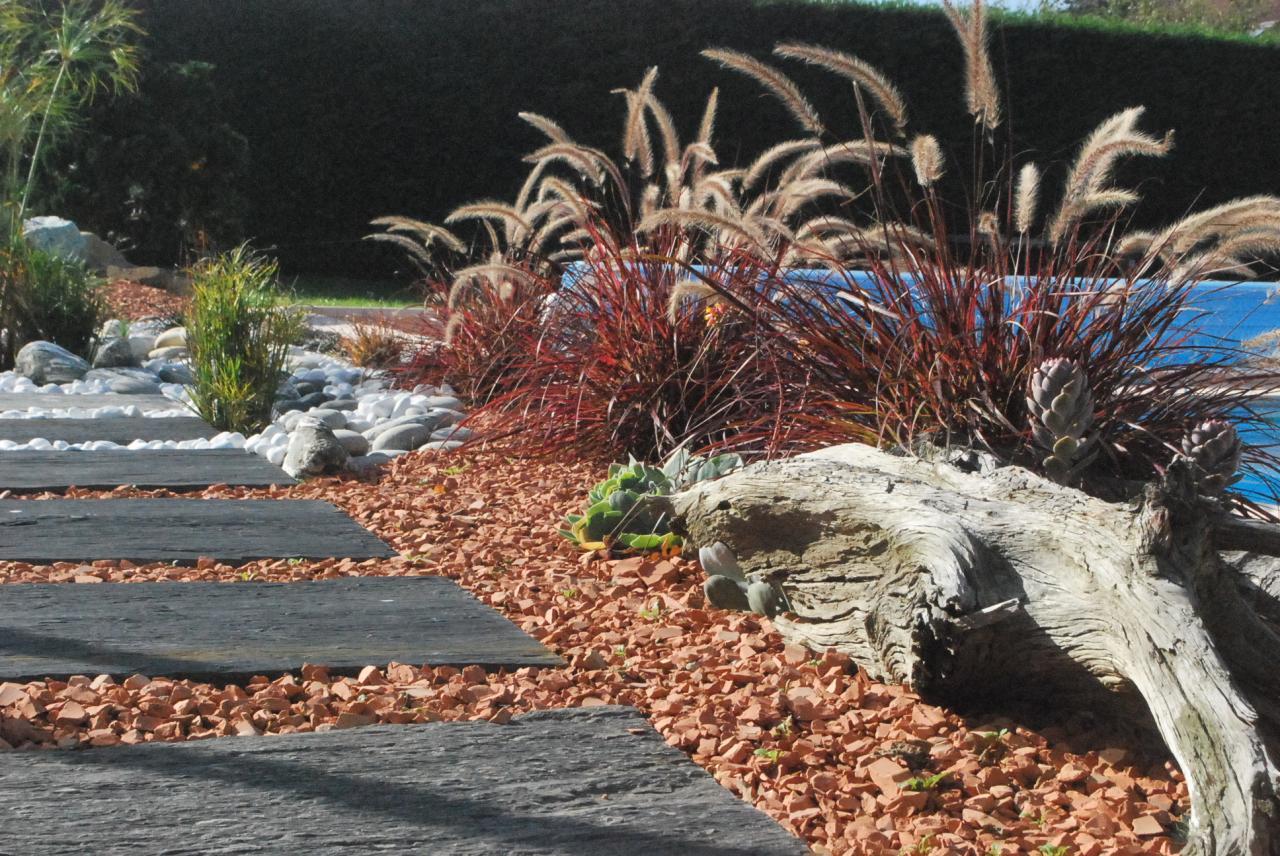 minéral et graminées, décoration de jardin