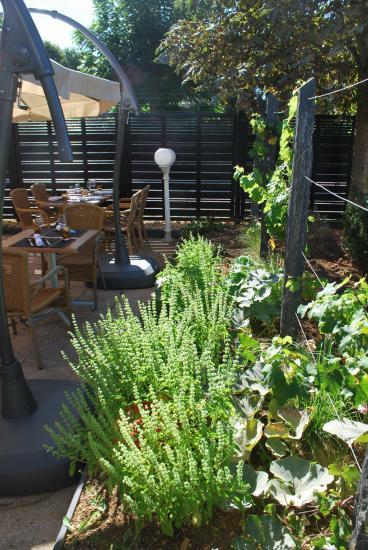 Terrasse du restaurant Le Bourgogne