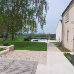 Terrasse en pierre naturelle