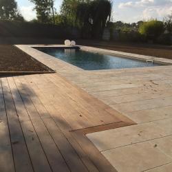 Pierre naturelle et terrasse bois